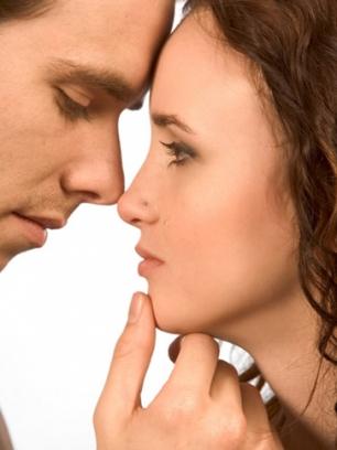 Las mujeres que tienen hombres buenos engañan a ellos más