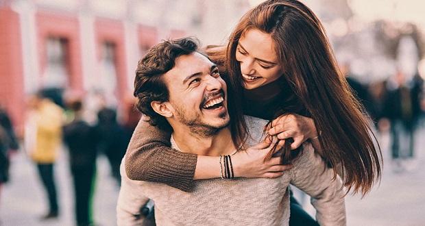 6 Cosas a Considerar ANTES De Admitir Que Sientes Amor Por Tu Mejor Amigo(a)