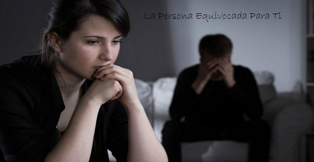 Lee más sobre el artículo 10 Señales De Que Podría Ser La Persona Equivocada Para Ti