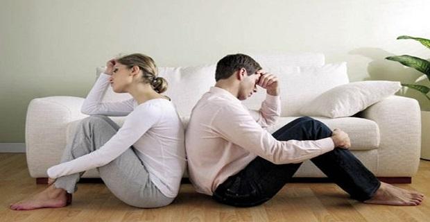 Lee más sobre el artículo 10 SEÑALES De Que TU EX Está FINGIENDO Haberte OLVIDADO